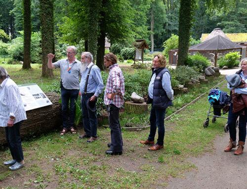 Trogmühlen und Schälchensteine im Tierpark Wolgast